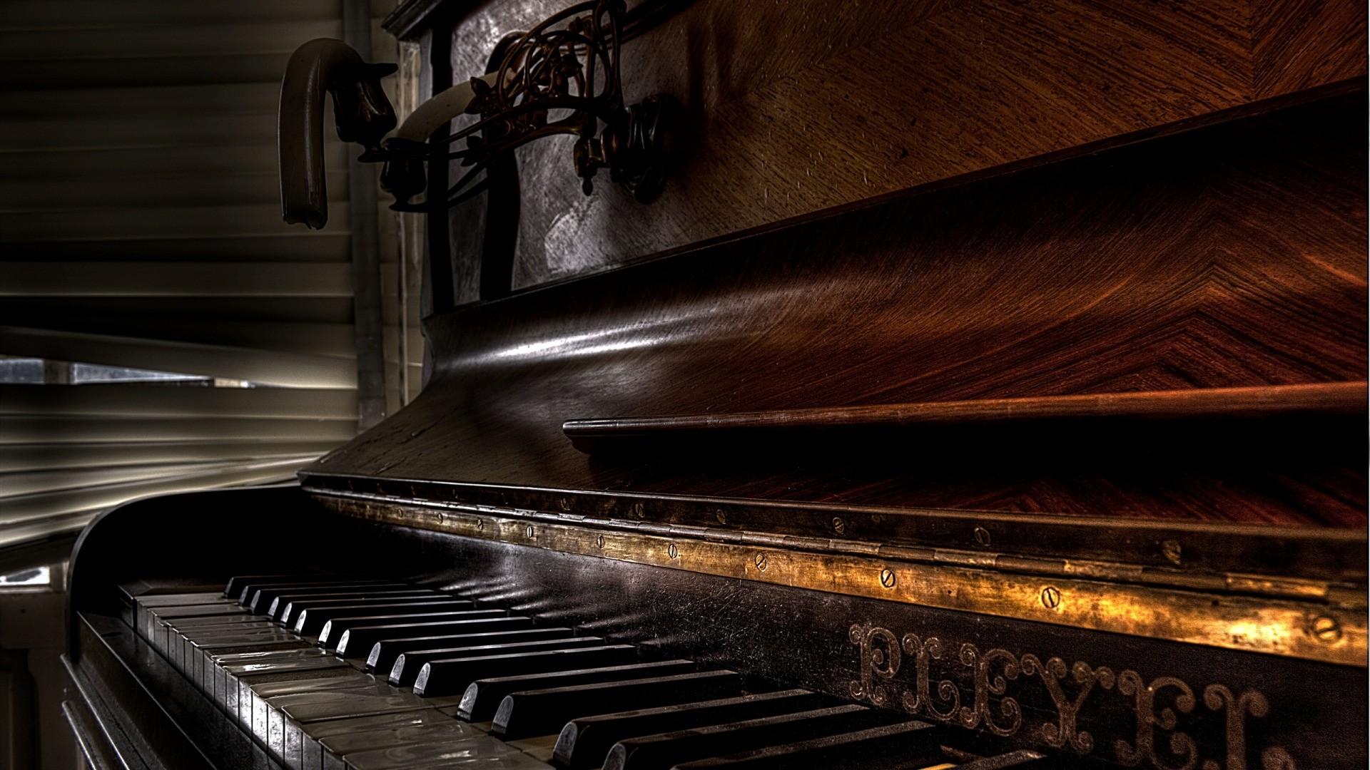 Piano HD Download