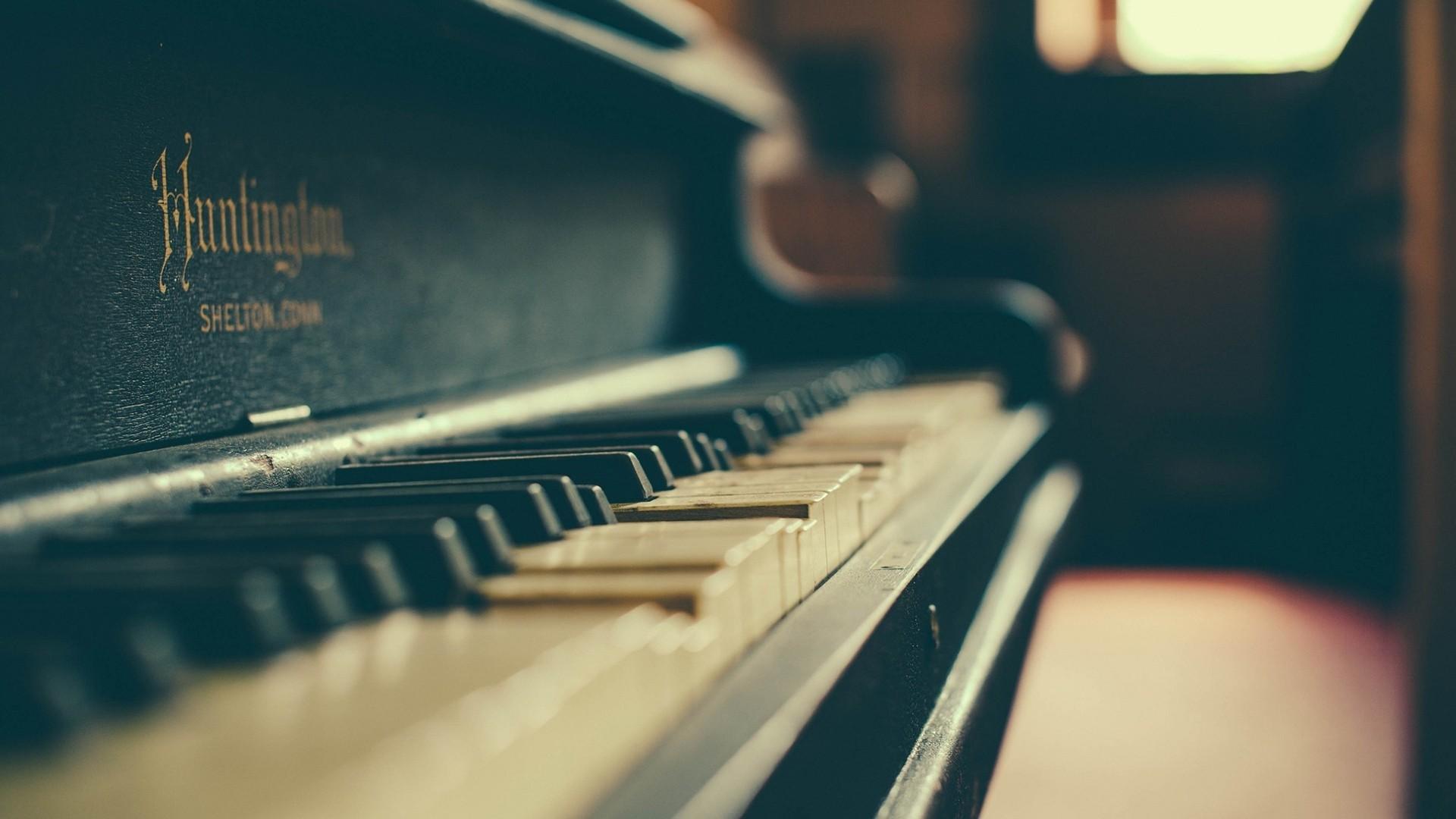 Piano Background Wallpaper