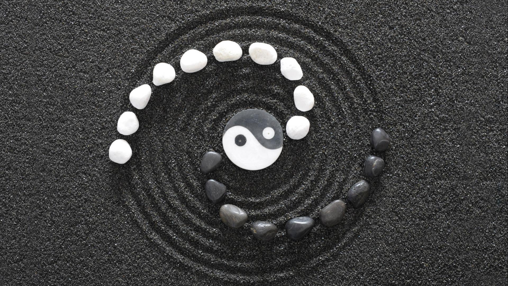Yin Yang a wallpaper
