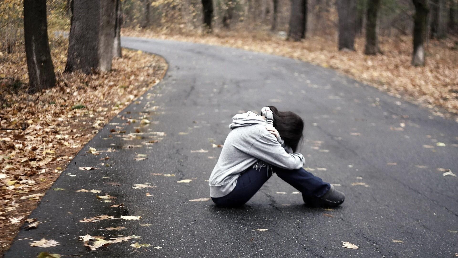 Alone Sad Wallpaper Picture hd