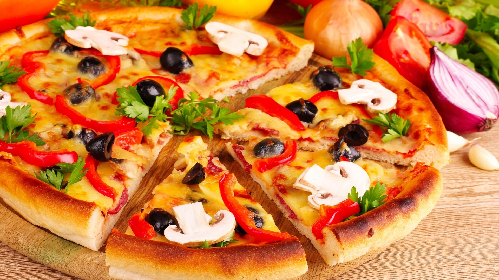 Pizza HD Wallpaper