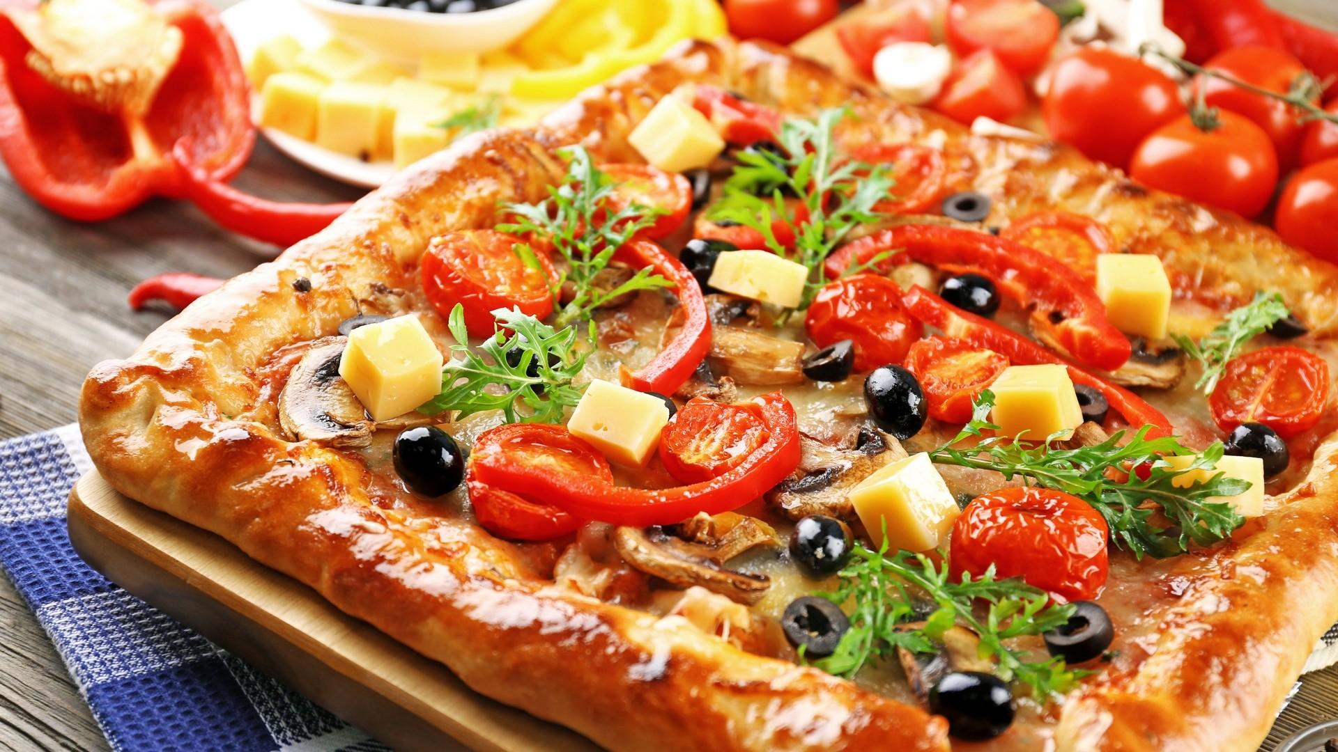 Pizza a wallpaper