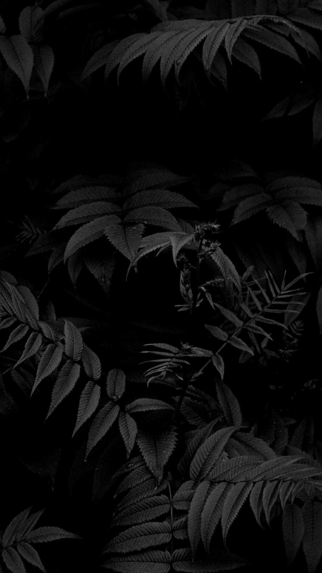 Dark lock screen wallpaper