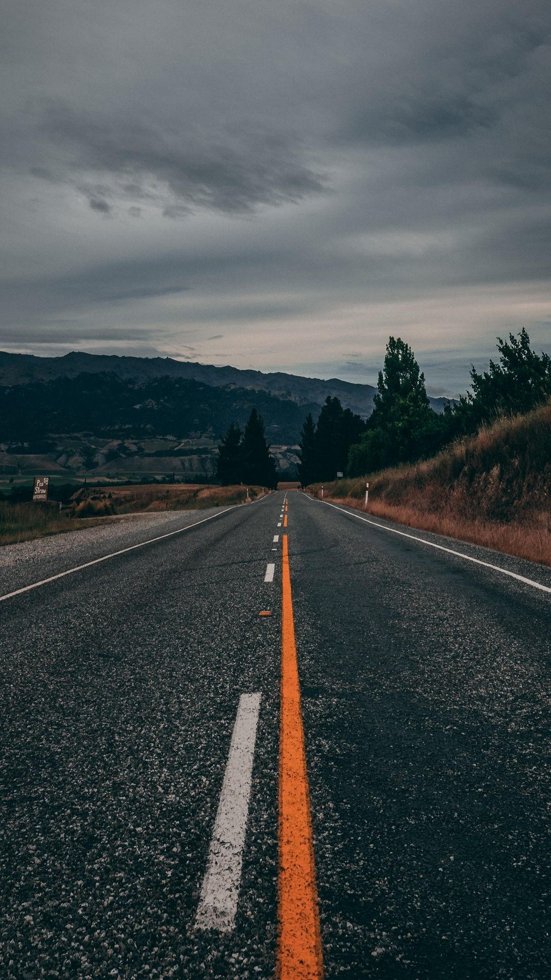 Road screensaver wallpaper
