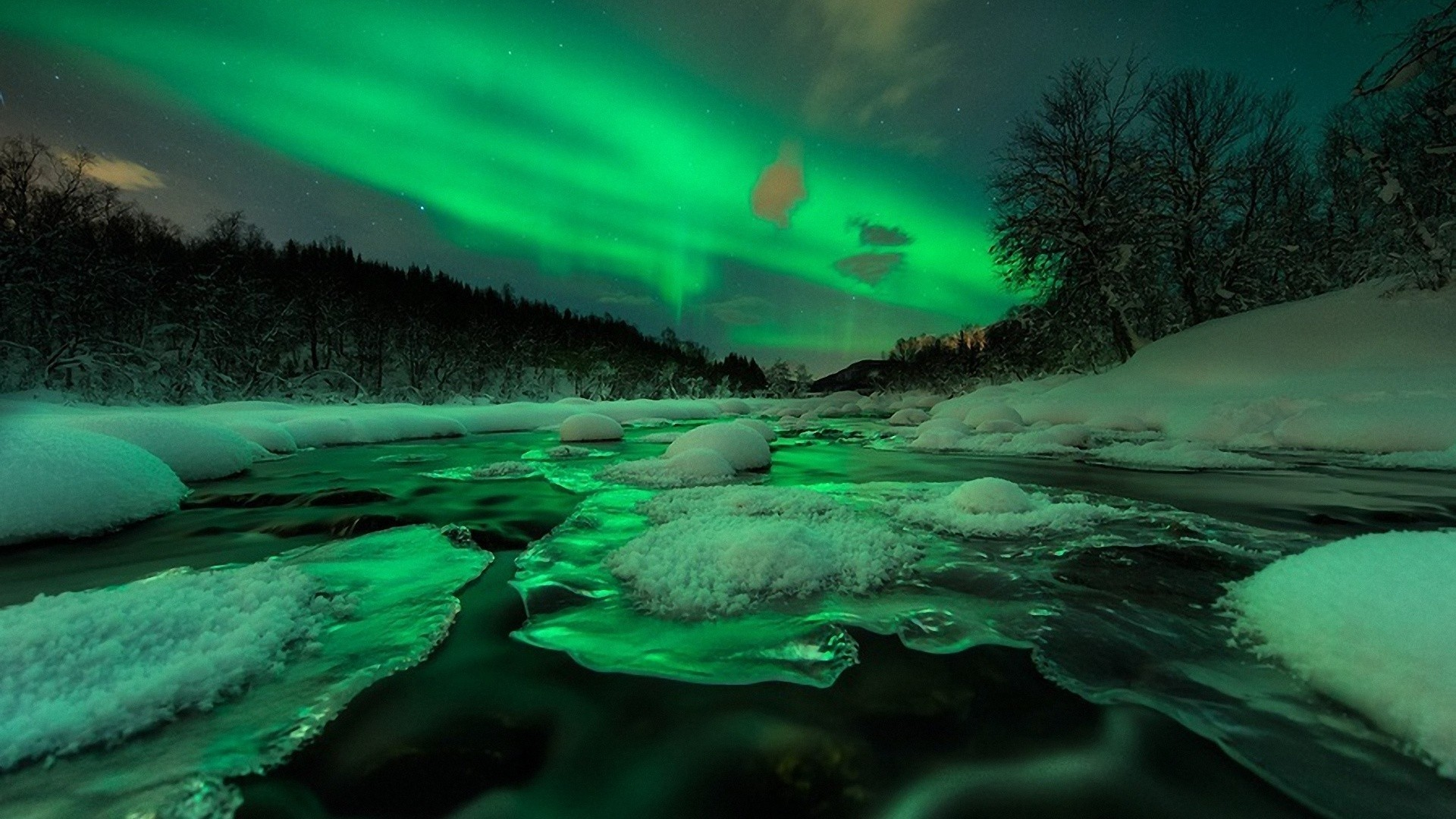 Aurora Borealis HD Wallpaper