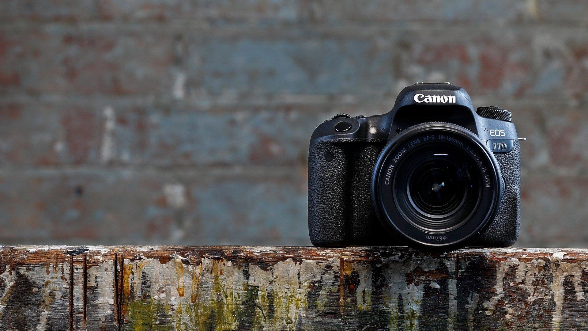 Camera a wallpaper