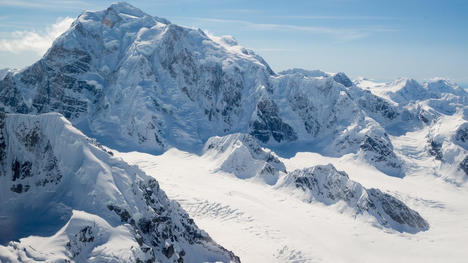 Snow Mountain wallpaper photo hd