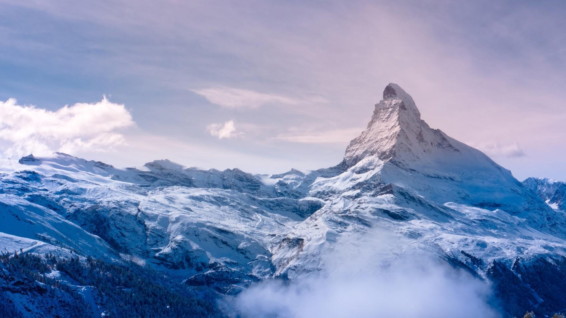 Snow Mountain Desktop wallpaper