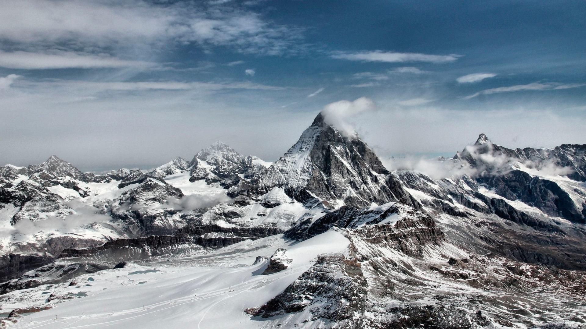 Snow Mountain Image