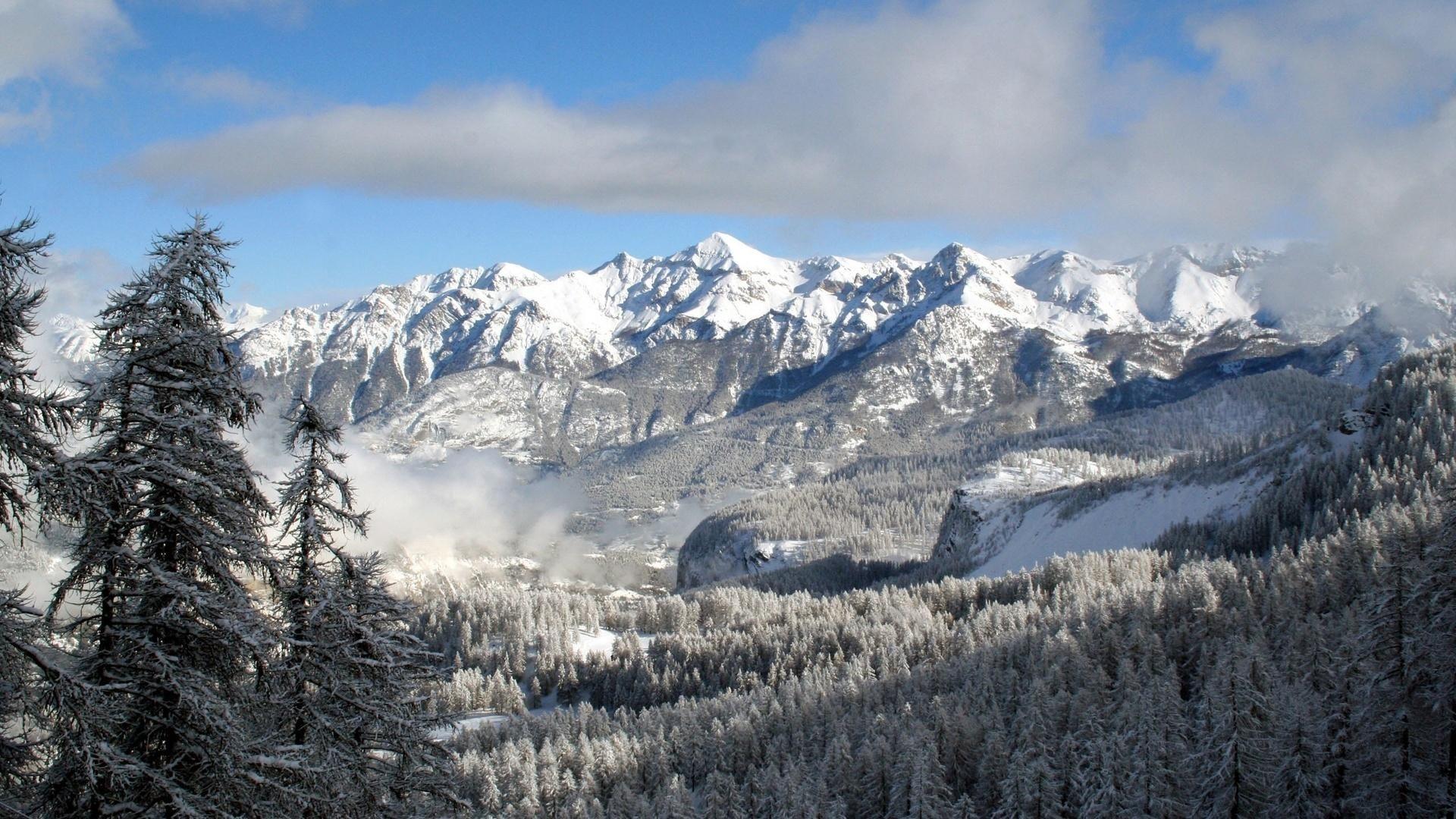 Snow Mountain High Quality