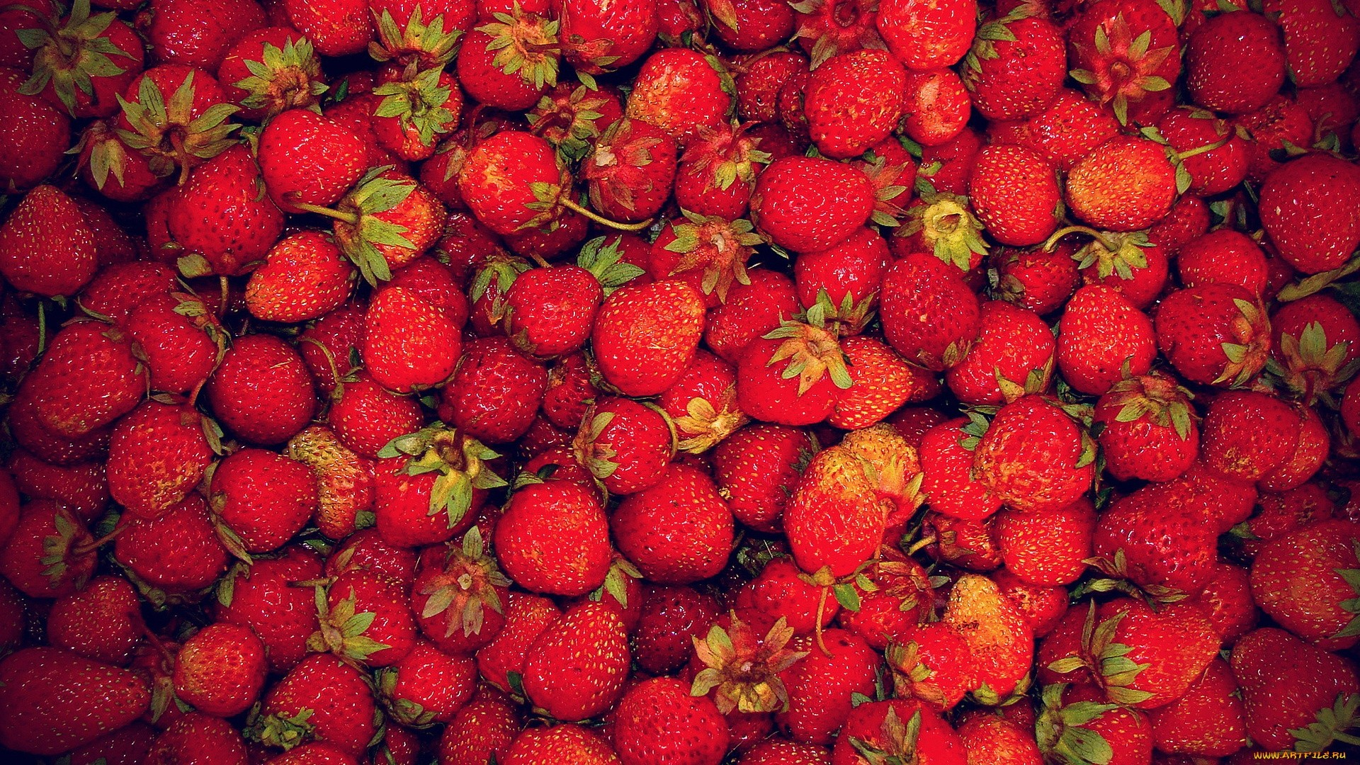 Strawberry PC Wallpaper