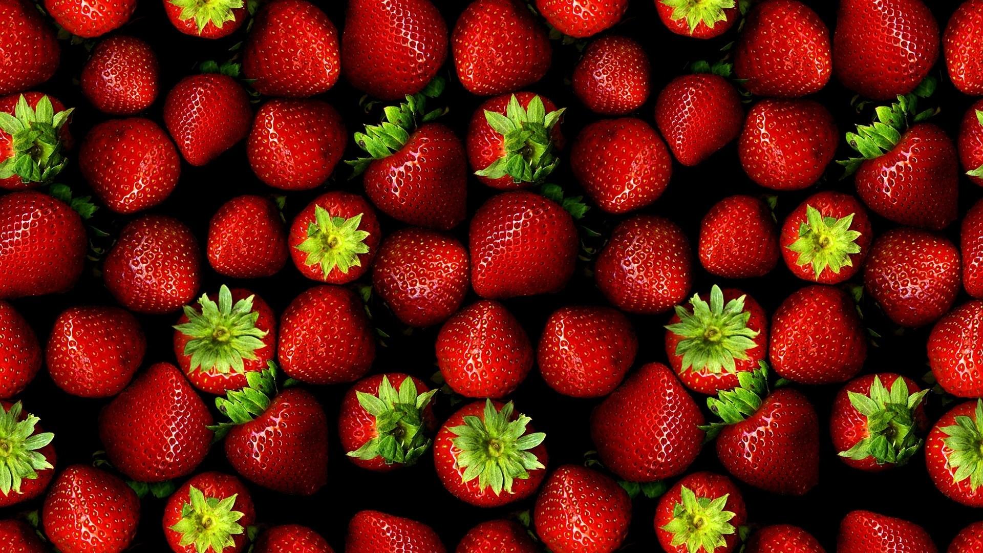 Strawberry Picture