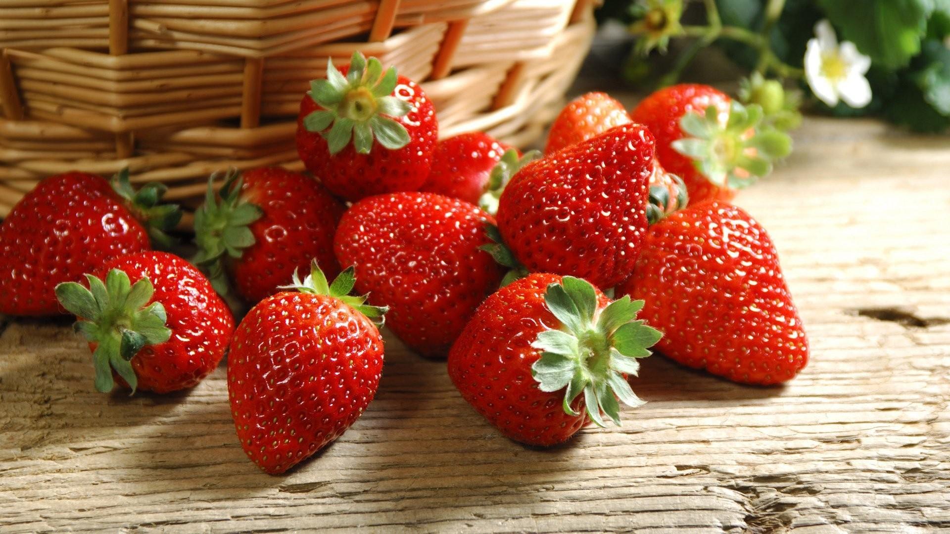 Strawberry HD Download