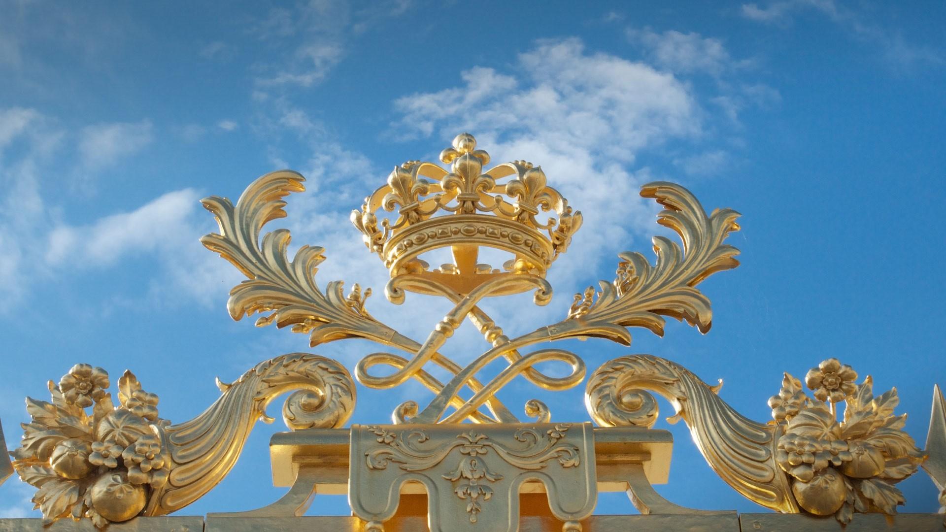 Crown a wallpaper