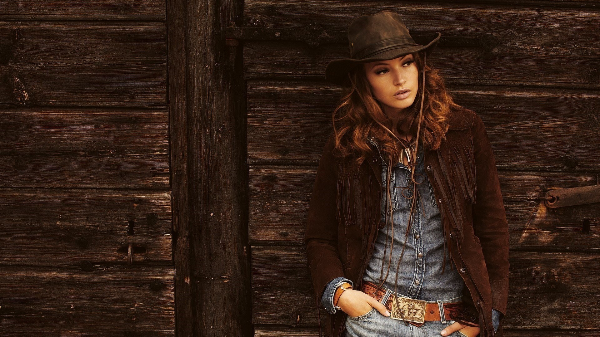 Country Girl Desktop wallpaper