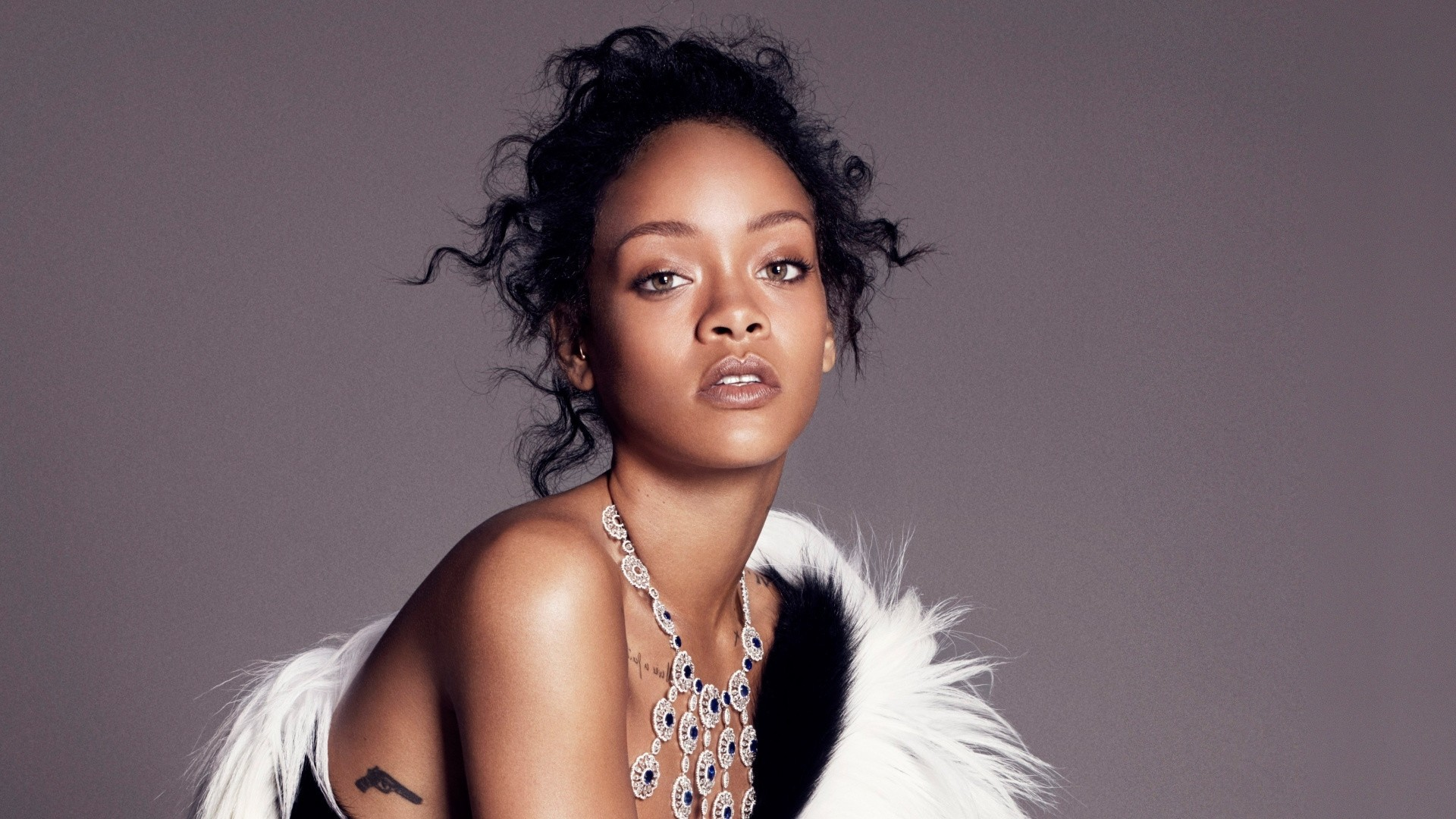 Rihanna Wallpaper Picture hd