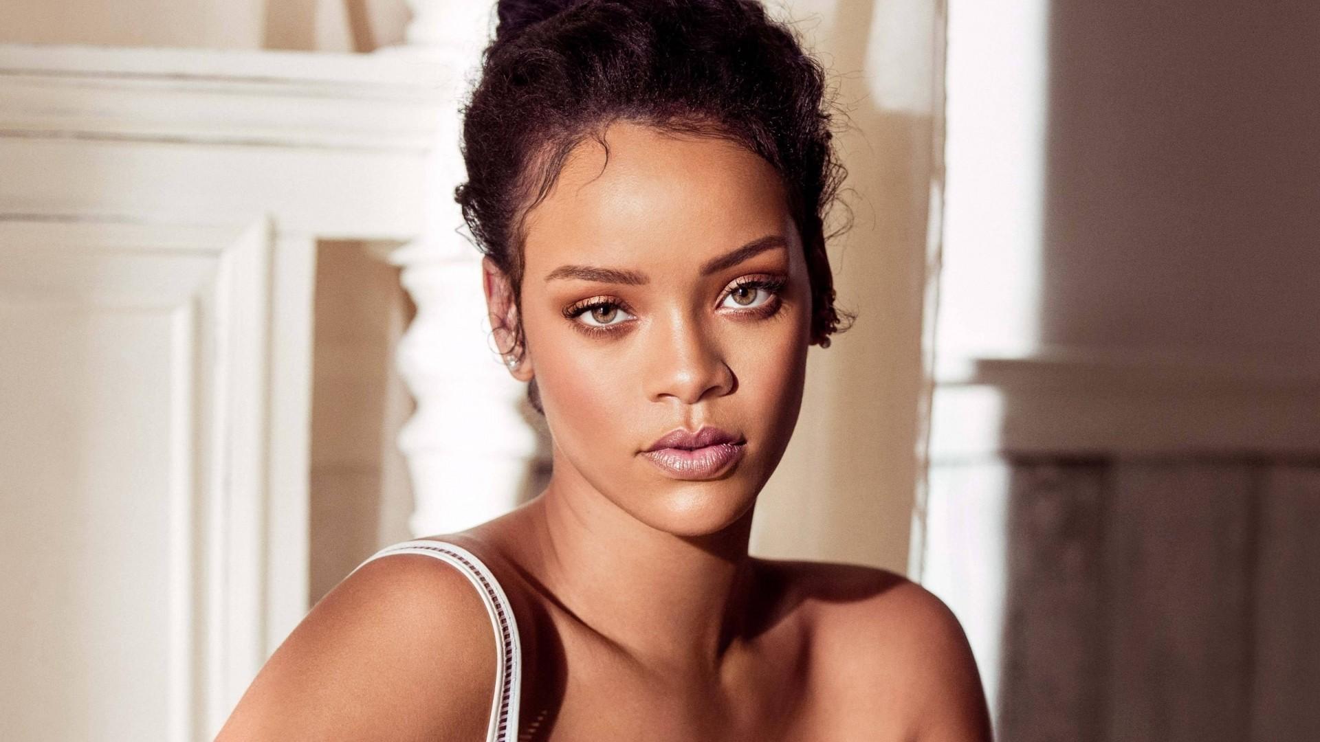 Rihanna hd desktop wallpaper
