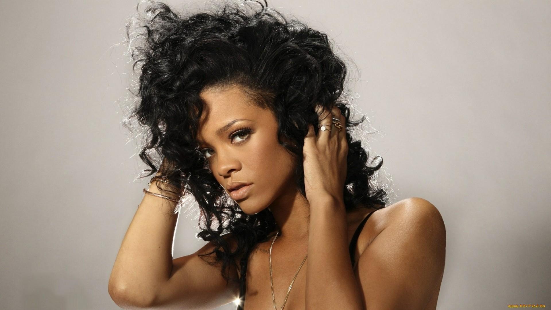 Rihanna a wallpaper
