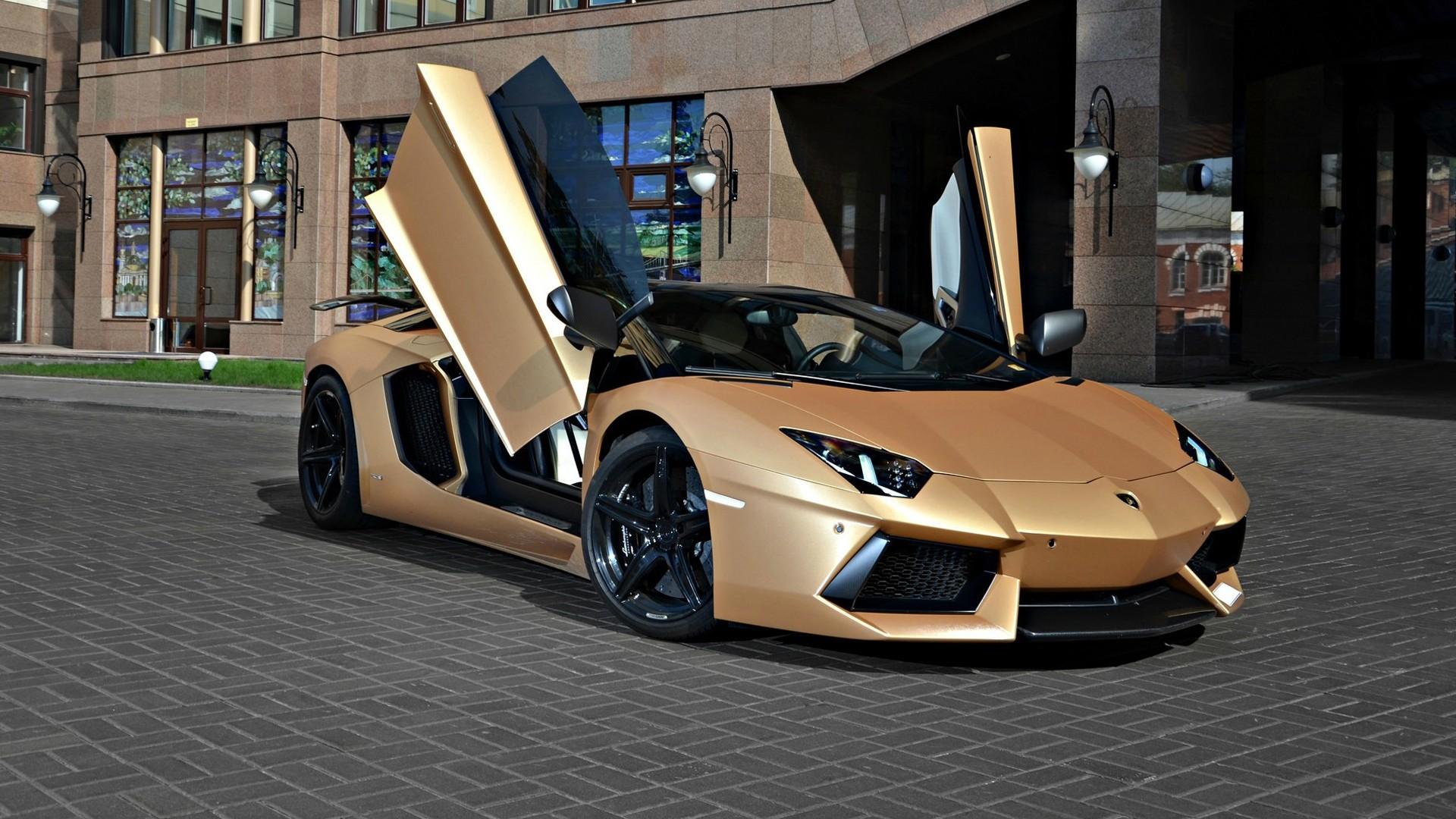 Gold Lamborghini Wallpaper theme