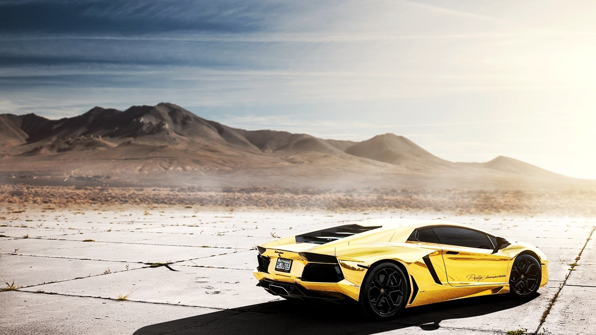 Gold Lamborghini PC Wallpaper HD