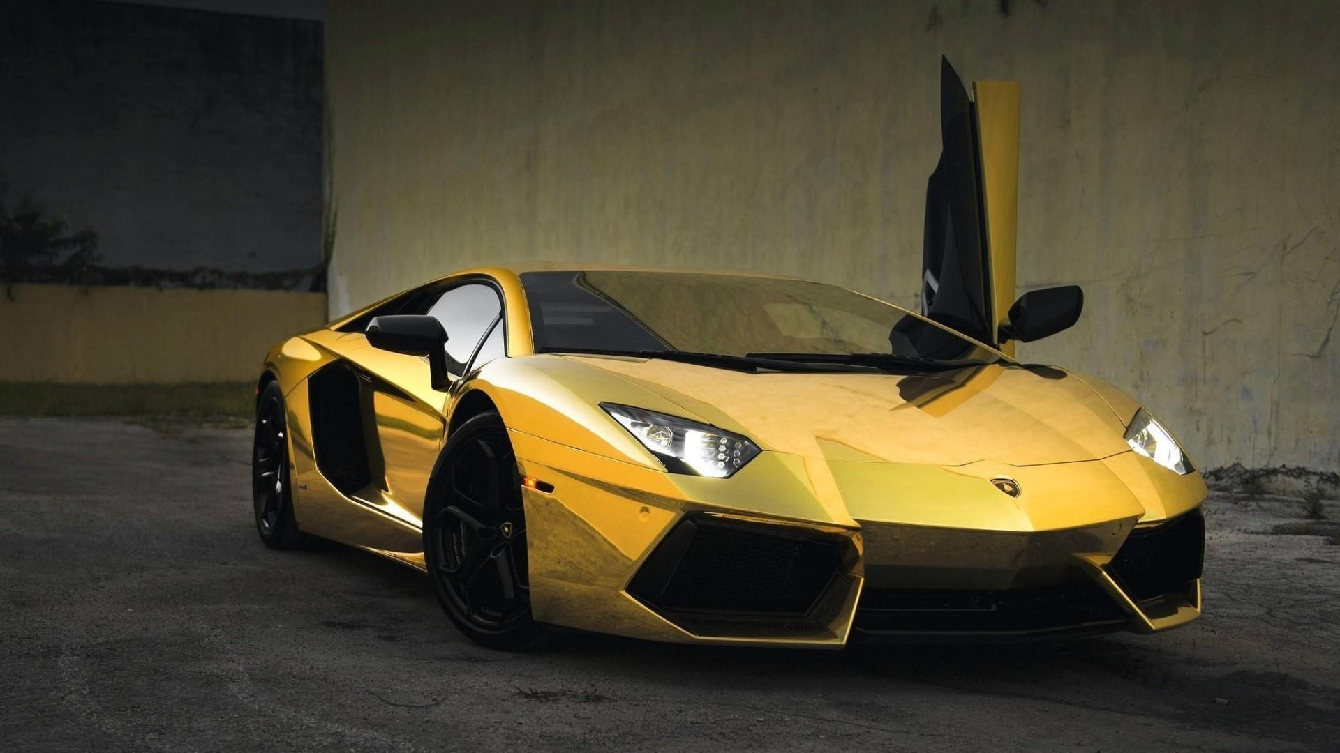 Gold Lamborghini Free Wallpaper