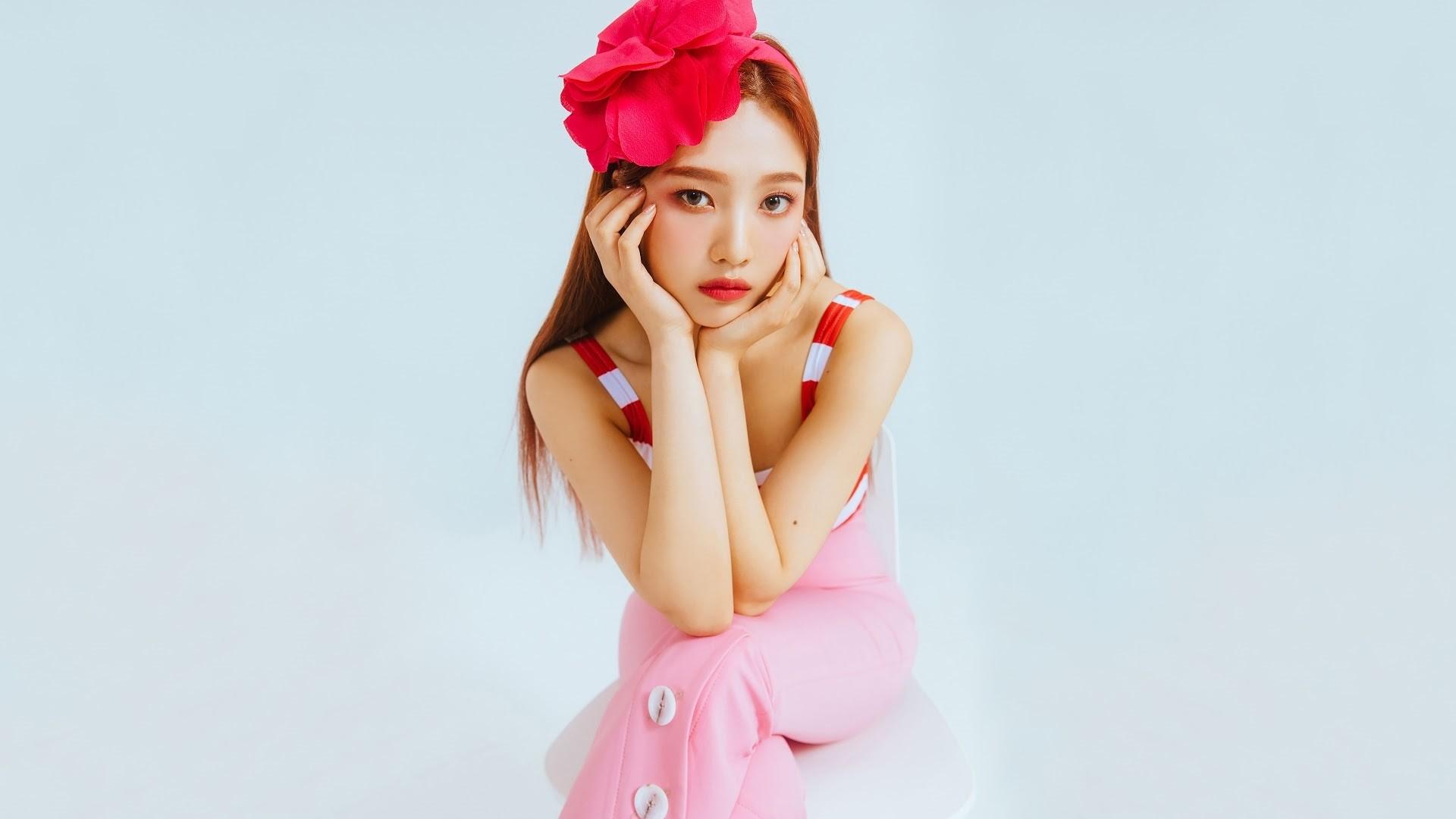 Red Velvet Wallpaper and Background