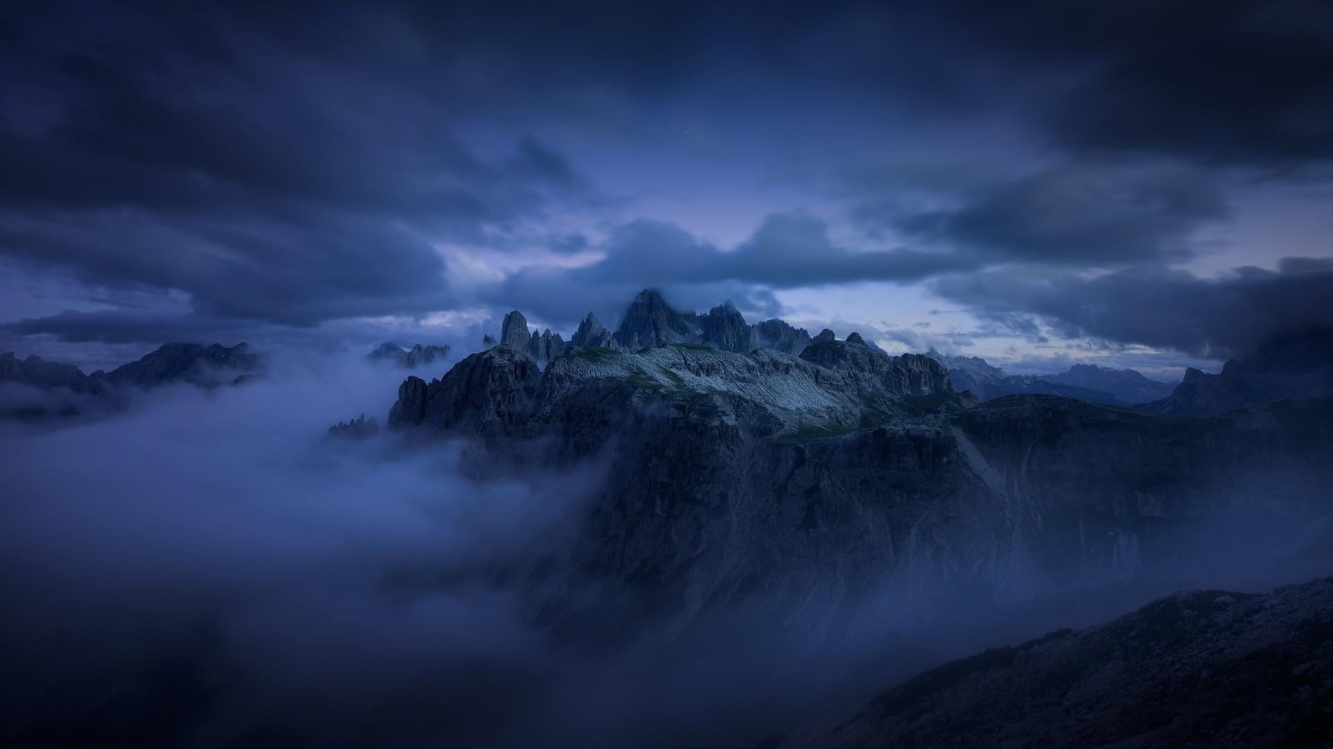 Dark Mountain Pic