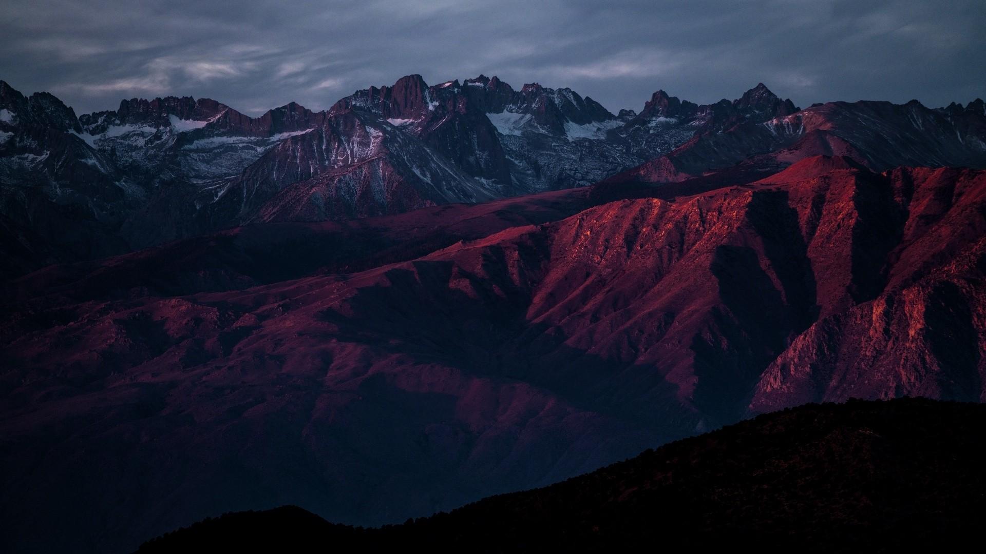 Dark Mountain wallpaper