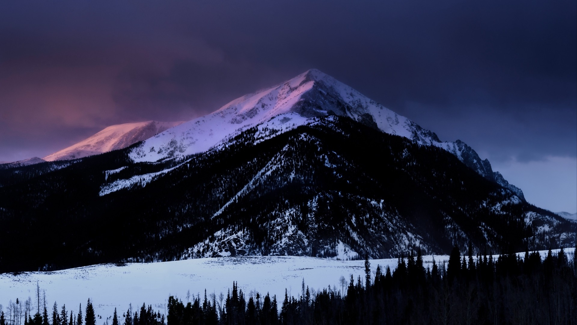 Dark Mountain Desktop Wallpaper