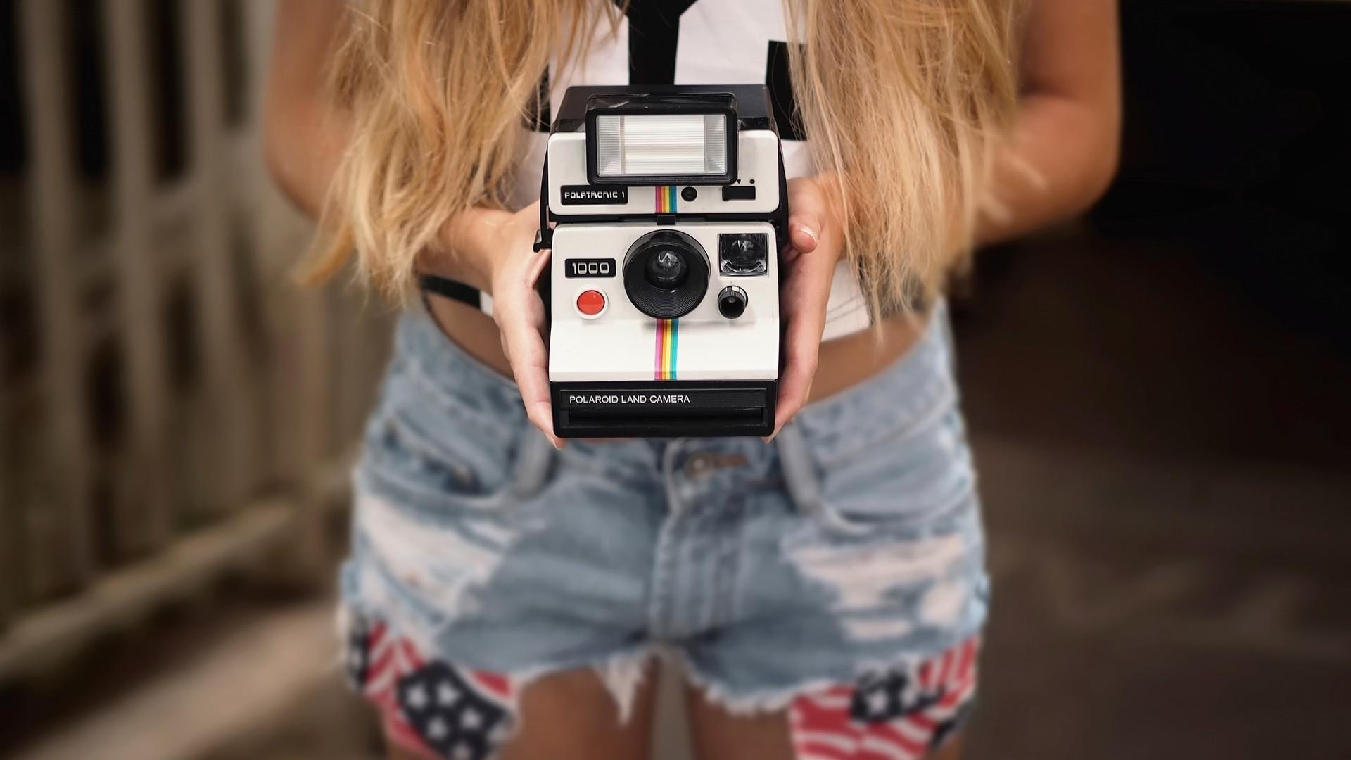 Polaroid HD Wallpaper