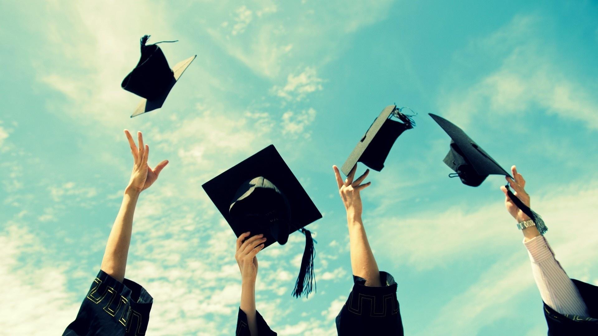 Graduation Wallpaper theme