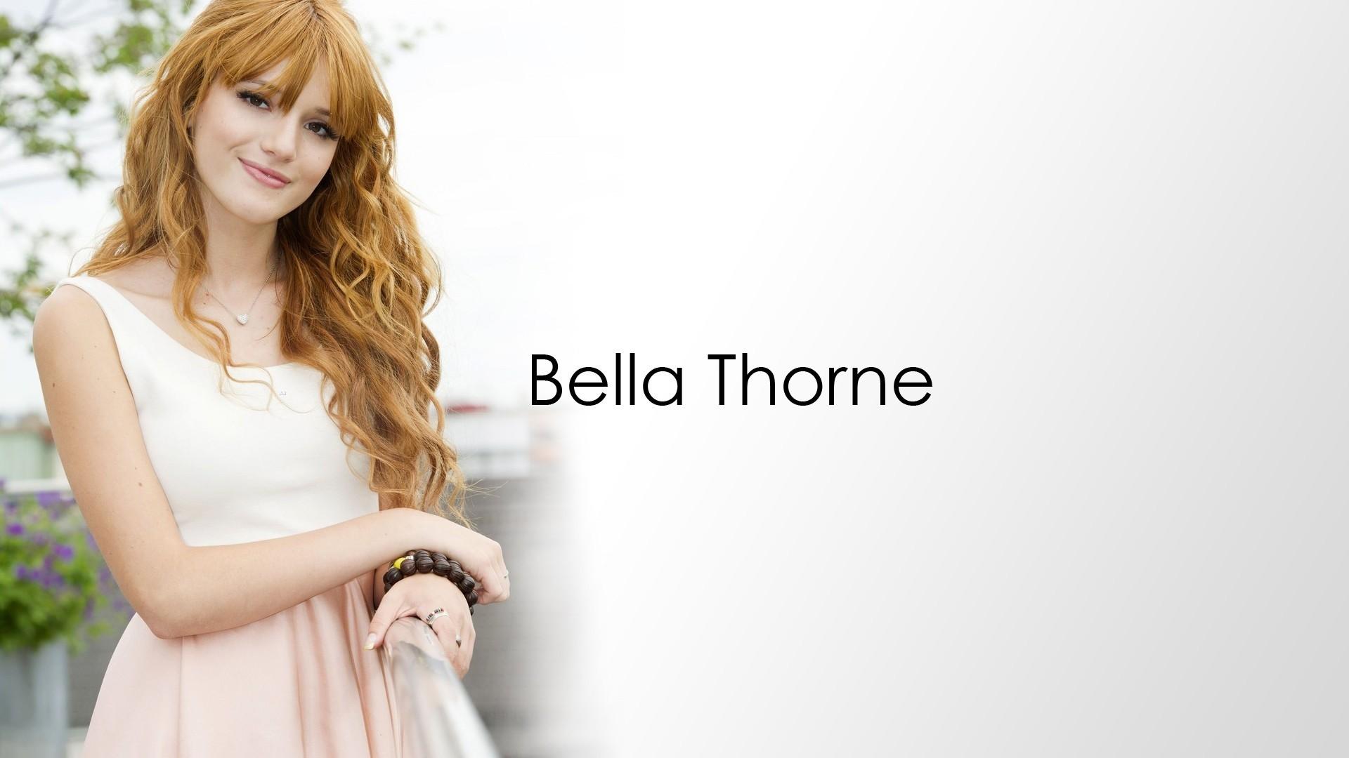 Bella Thorne hd desktop wallpaper