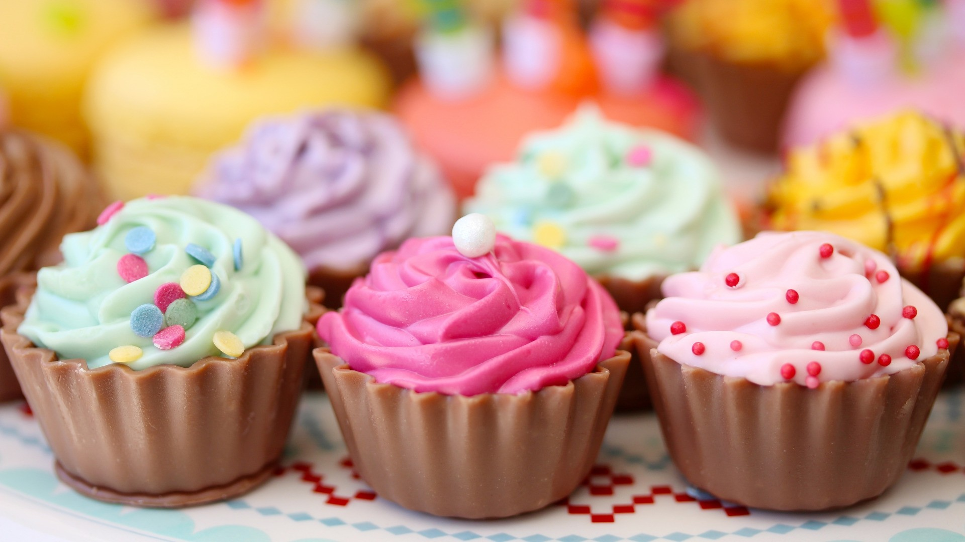 Cupcake Free Wallpaper and Background