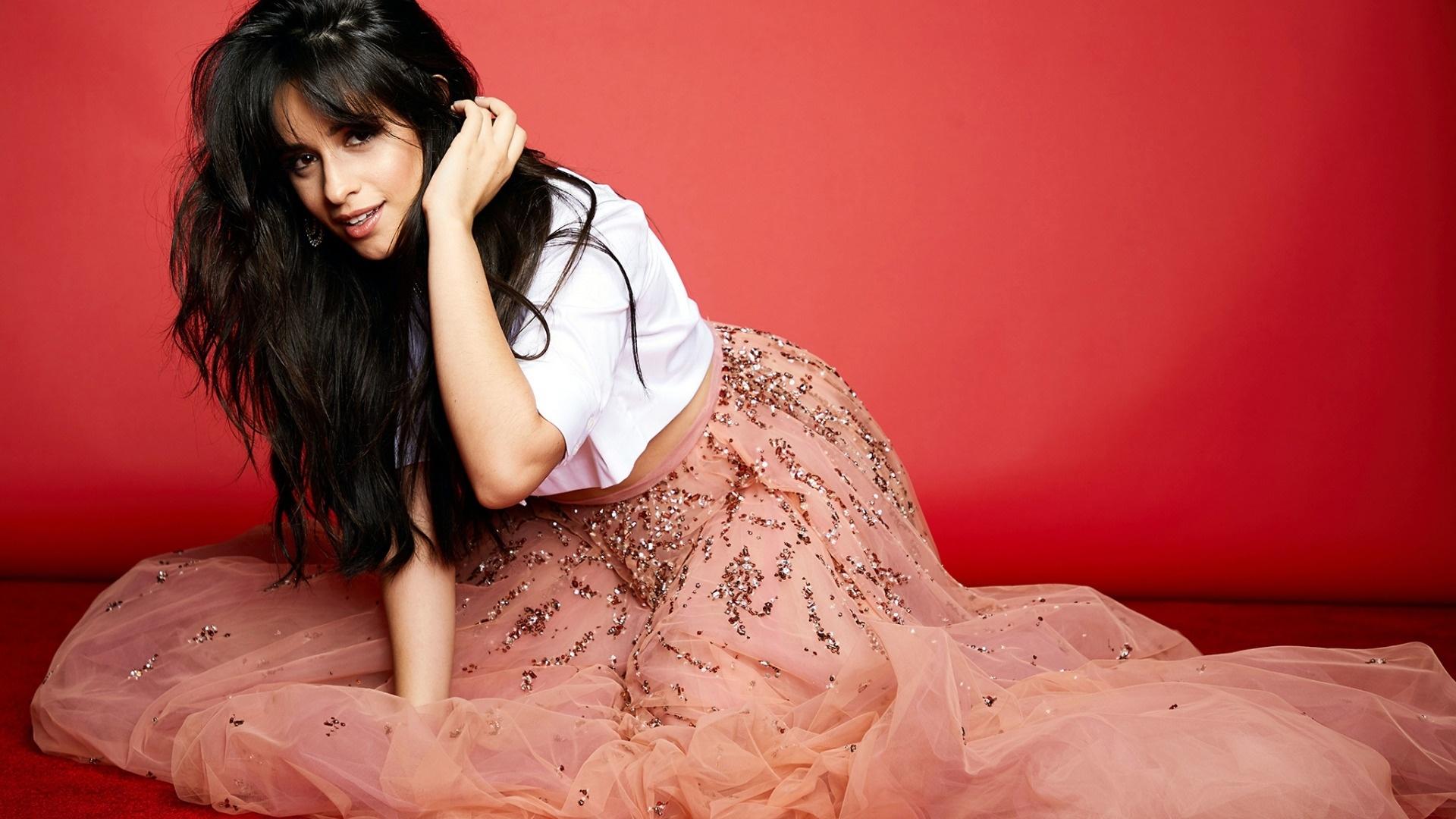 Camila Cabello Download Wallpaper