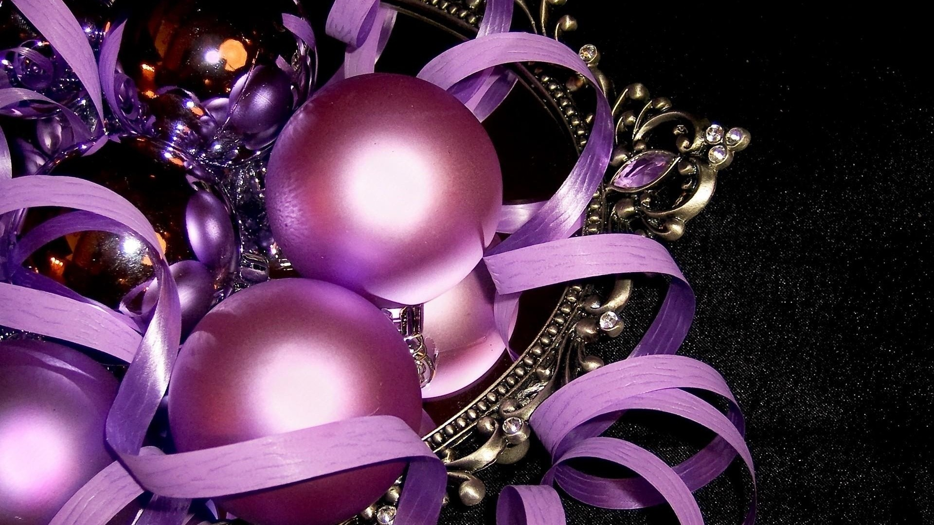 New Year Balloons Full HD Wallpaper