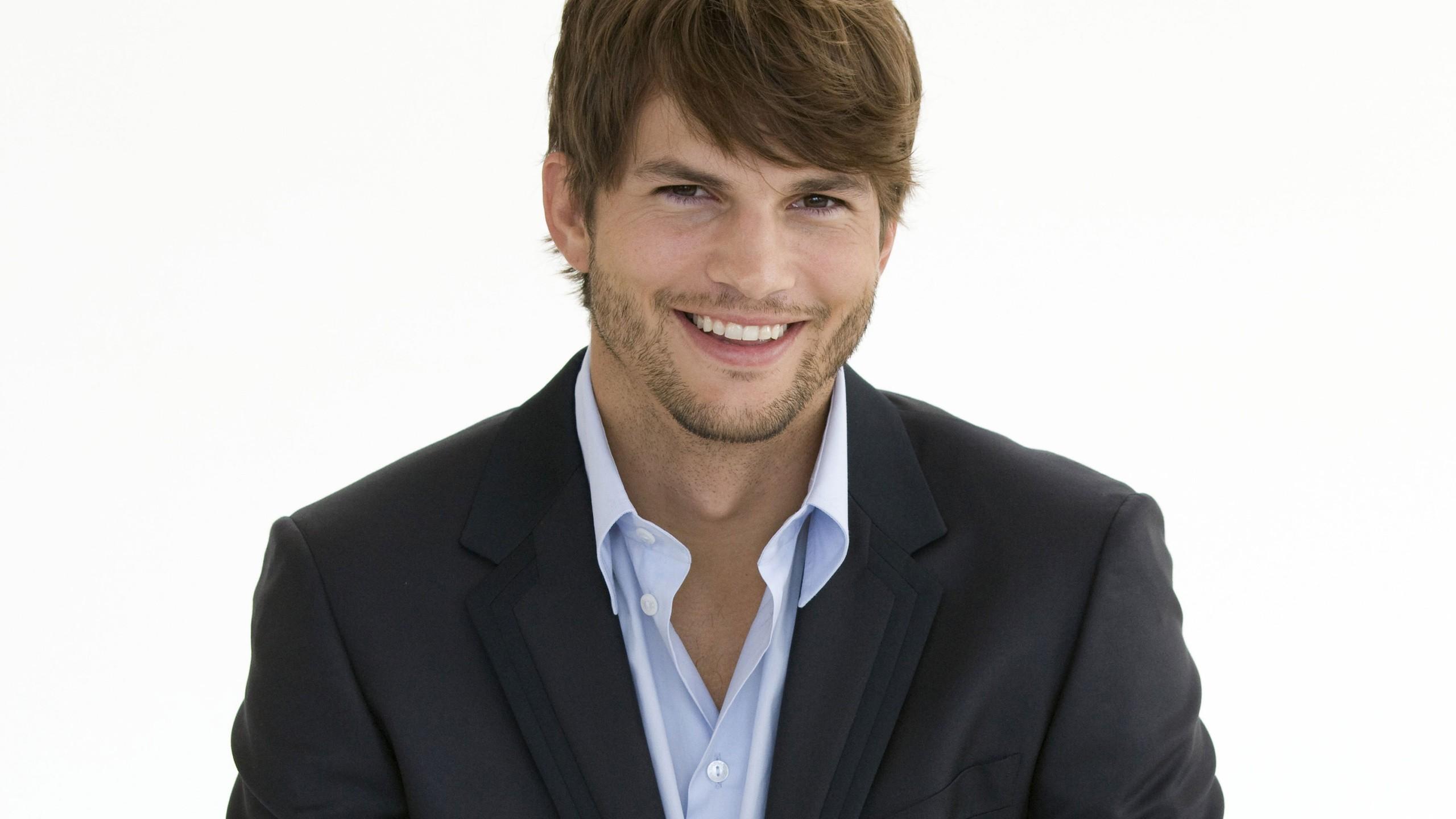 Ashton Kutcher PC Wallpaper