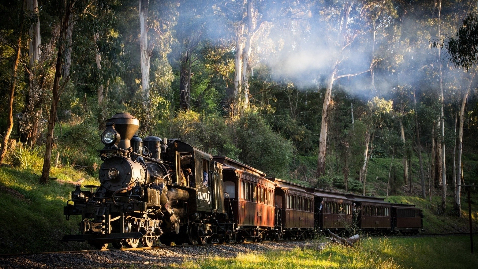 Steam Train Free Wallpaper and Background