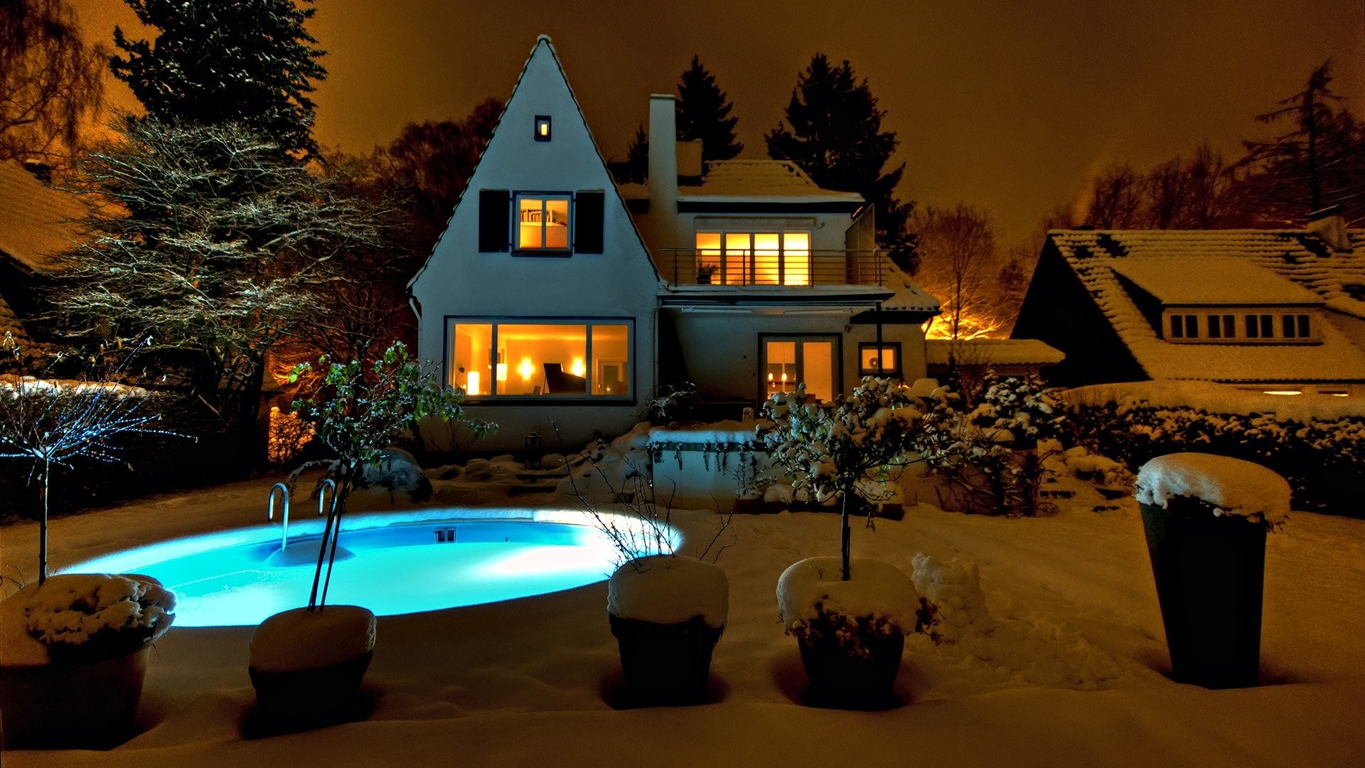 Cozy House Outside HD Wallpaper