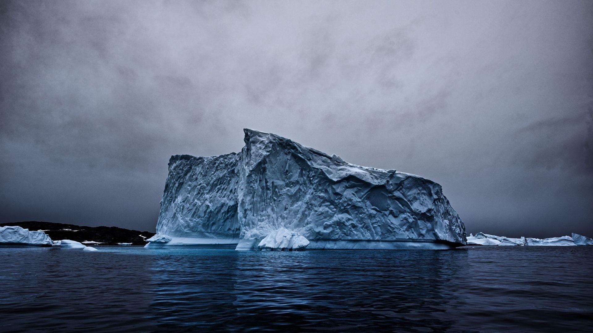 Iceberg hd wallpaper download