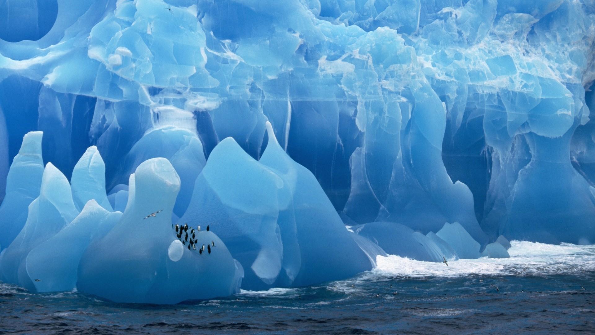 Iceberg Wallpaper image hd