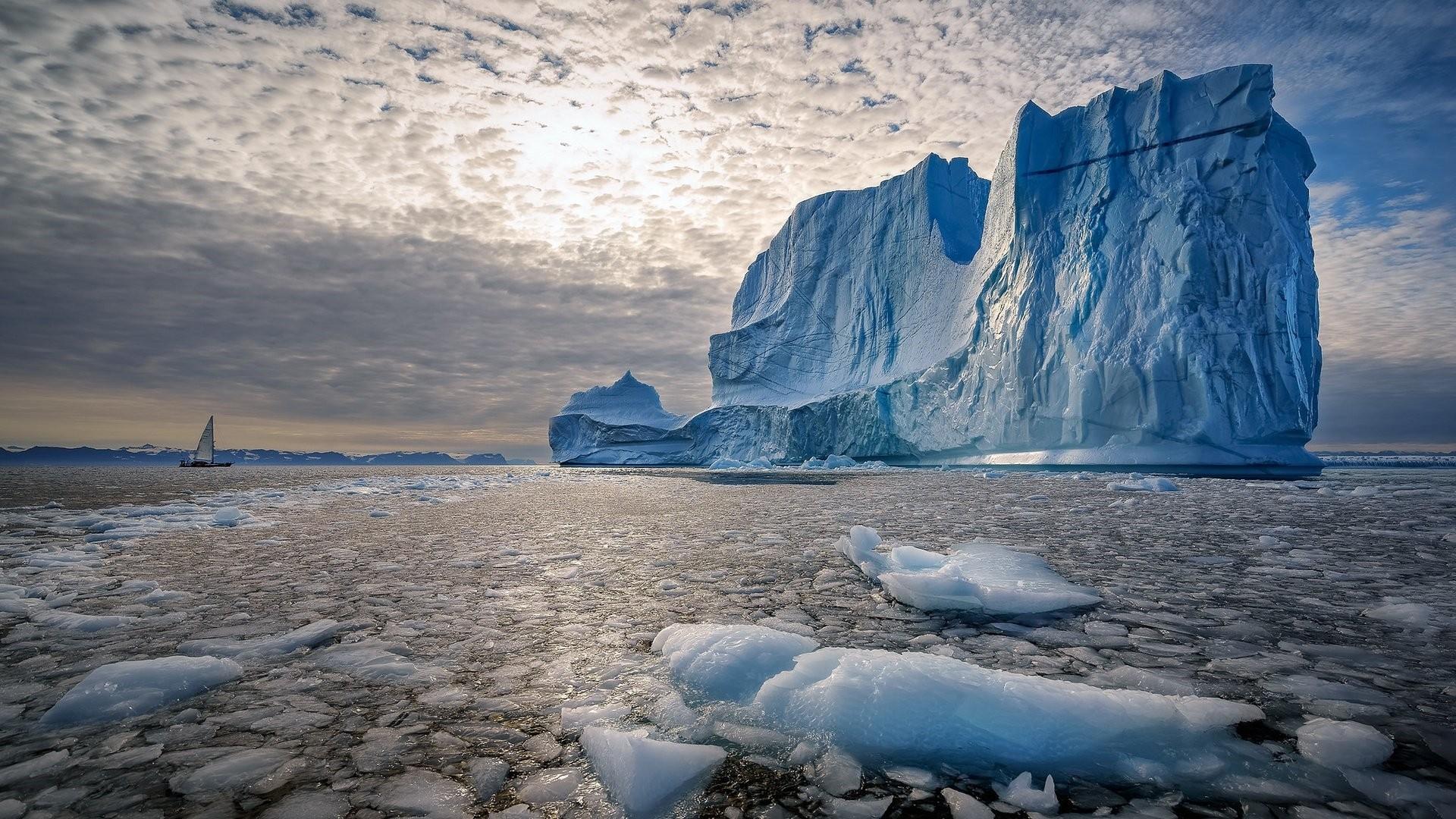 Iceberg PC Wallpaper
