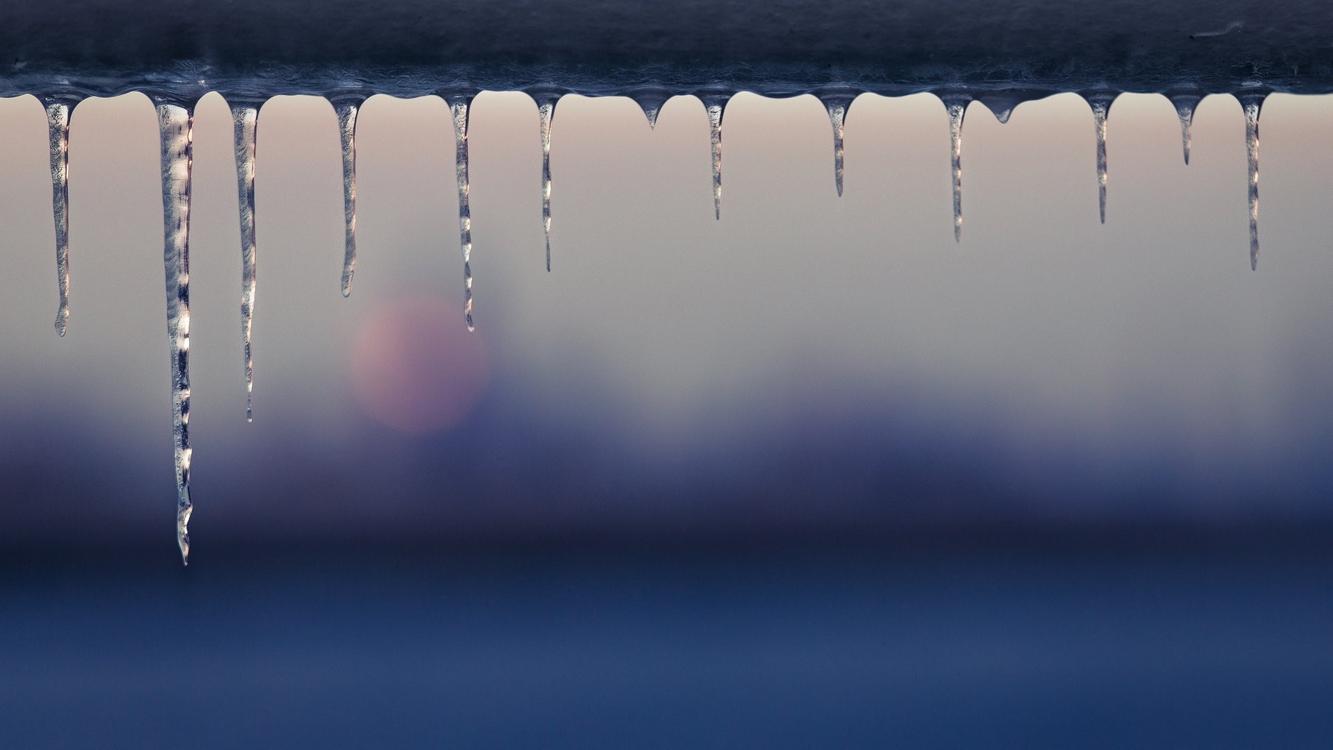 Icicles Download Wallpaper