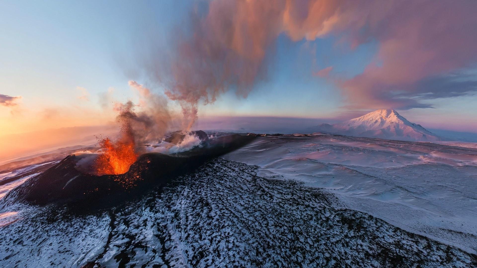 Volcano Eruption Wallpaper