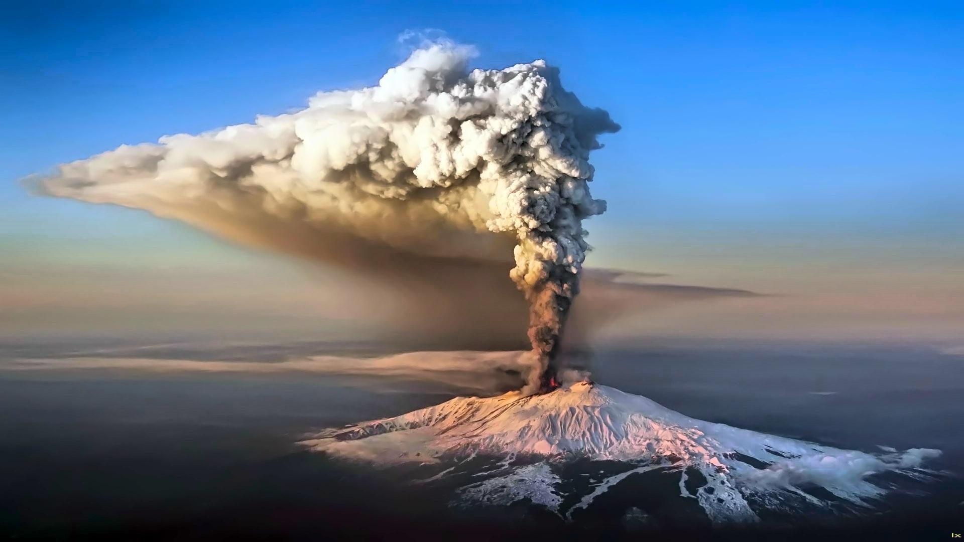 Volcano Eruption HD Wallpaper