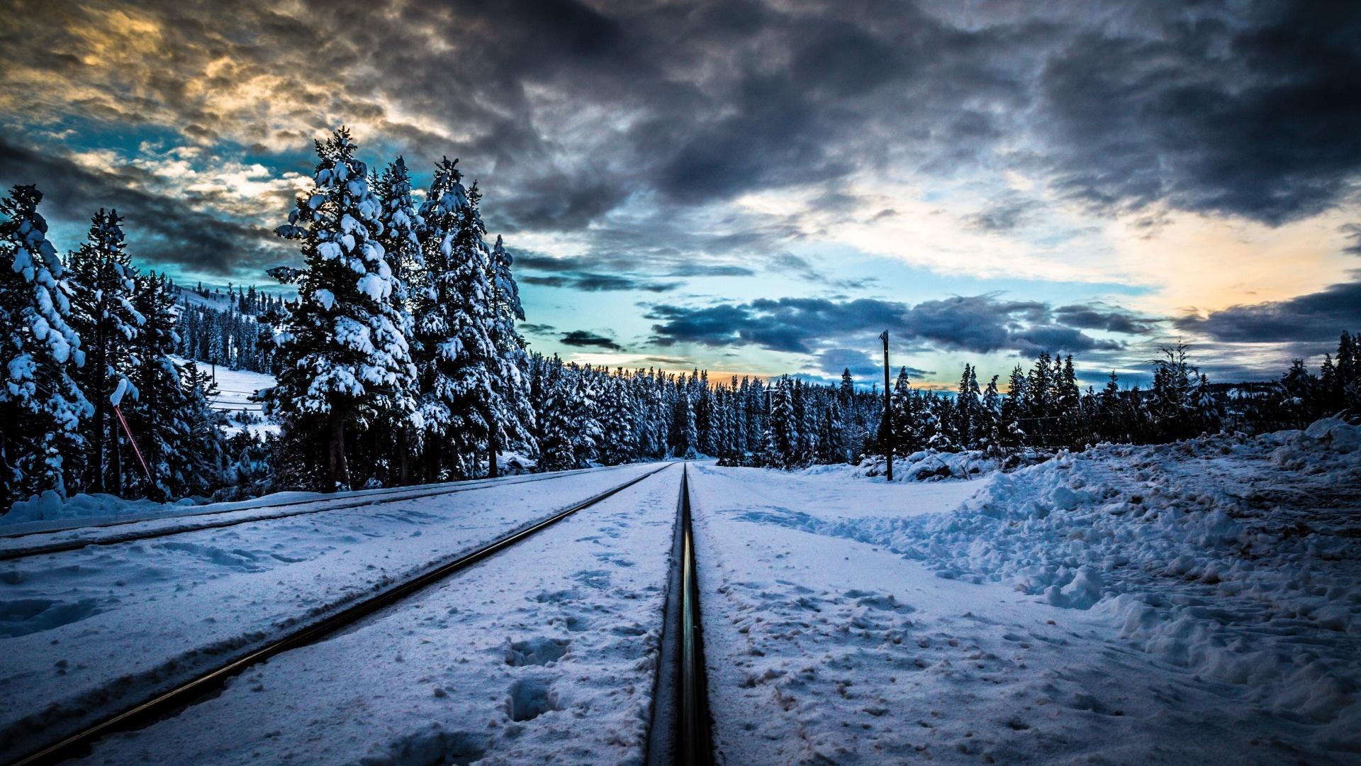 Winter Road HD Wallpaper