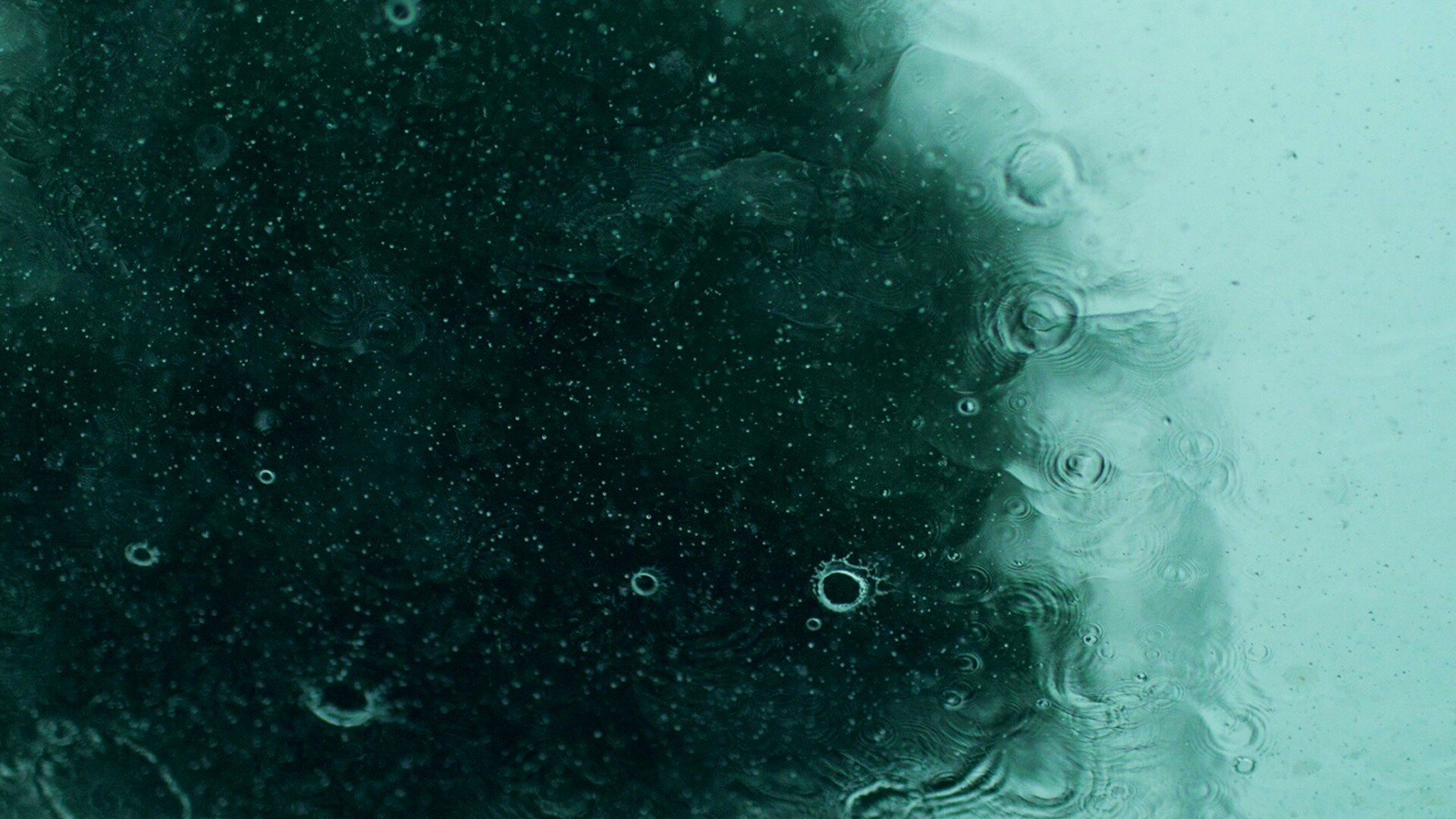 Rain Minimalist Desktop Wallpaper