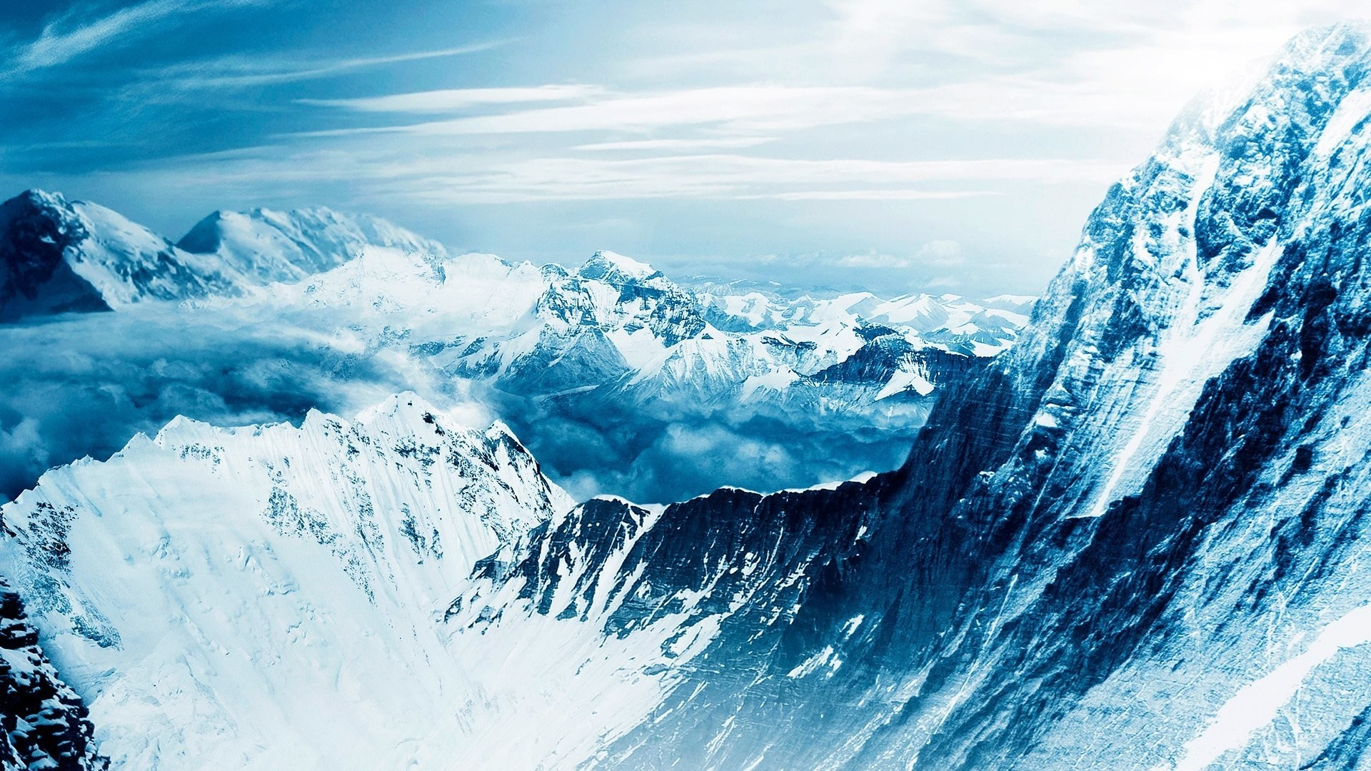Everest Desktop Wallpaper