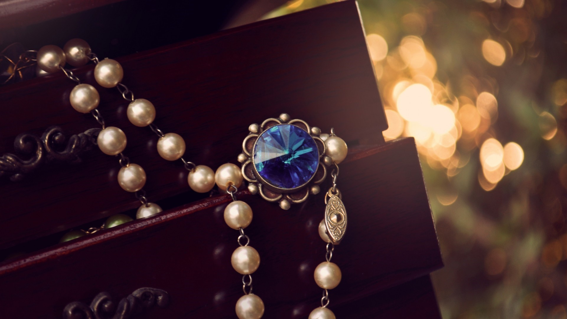 Jewelry Pearls Background