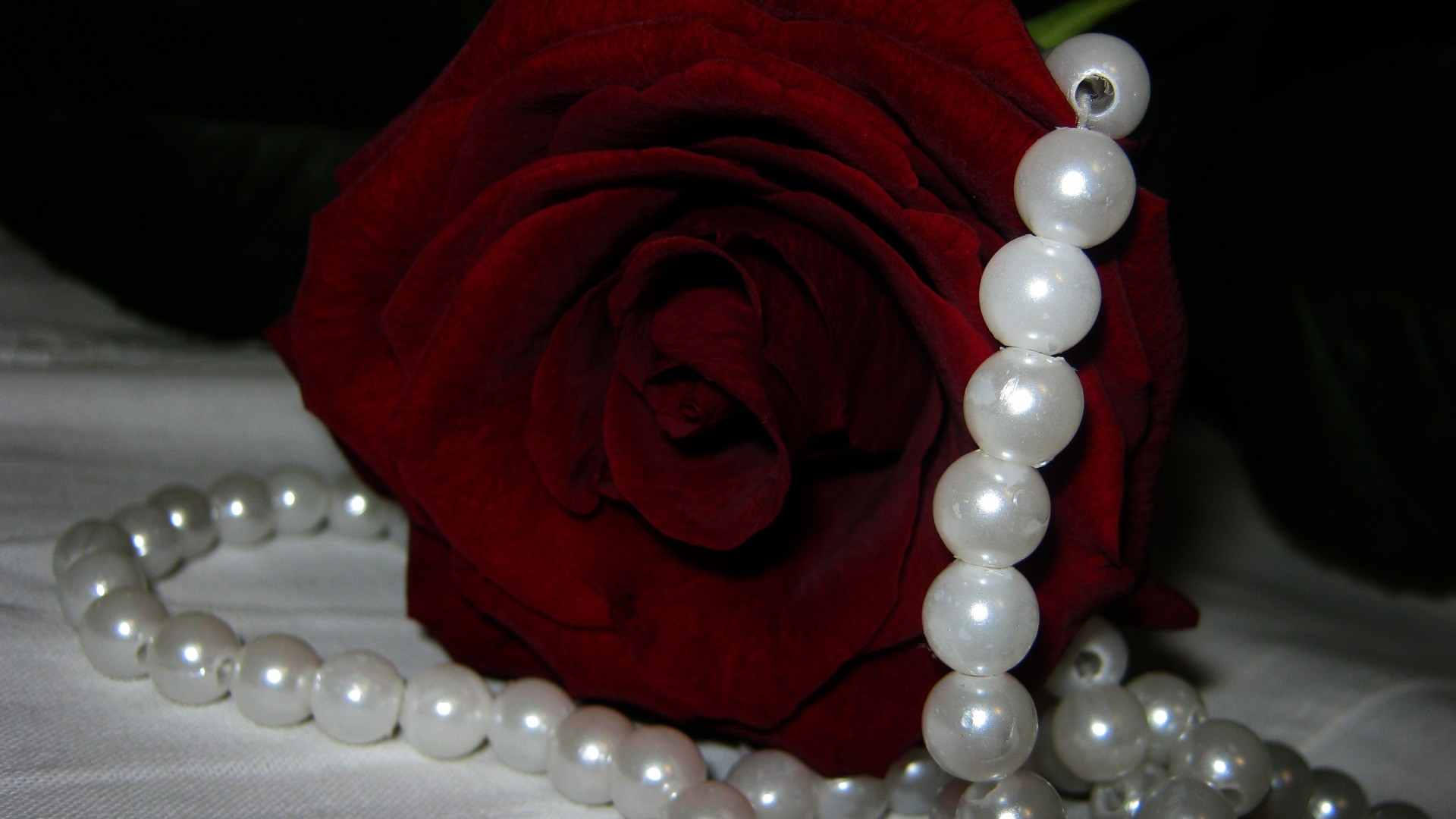 Jewelry Pearls Picture