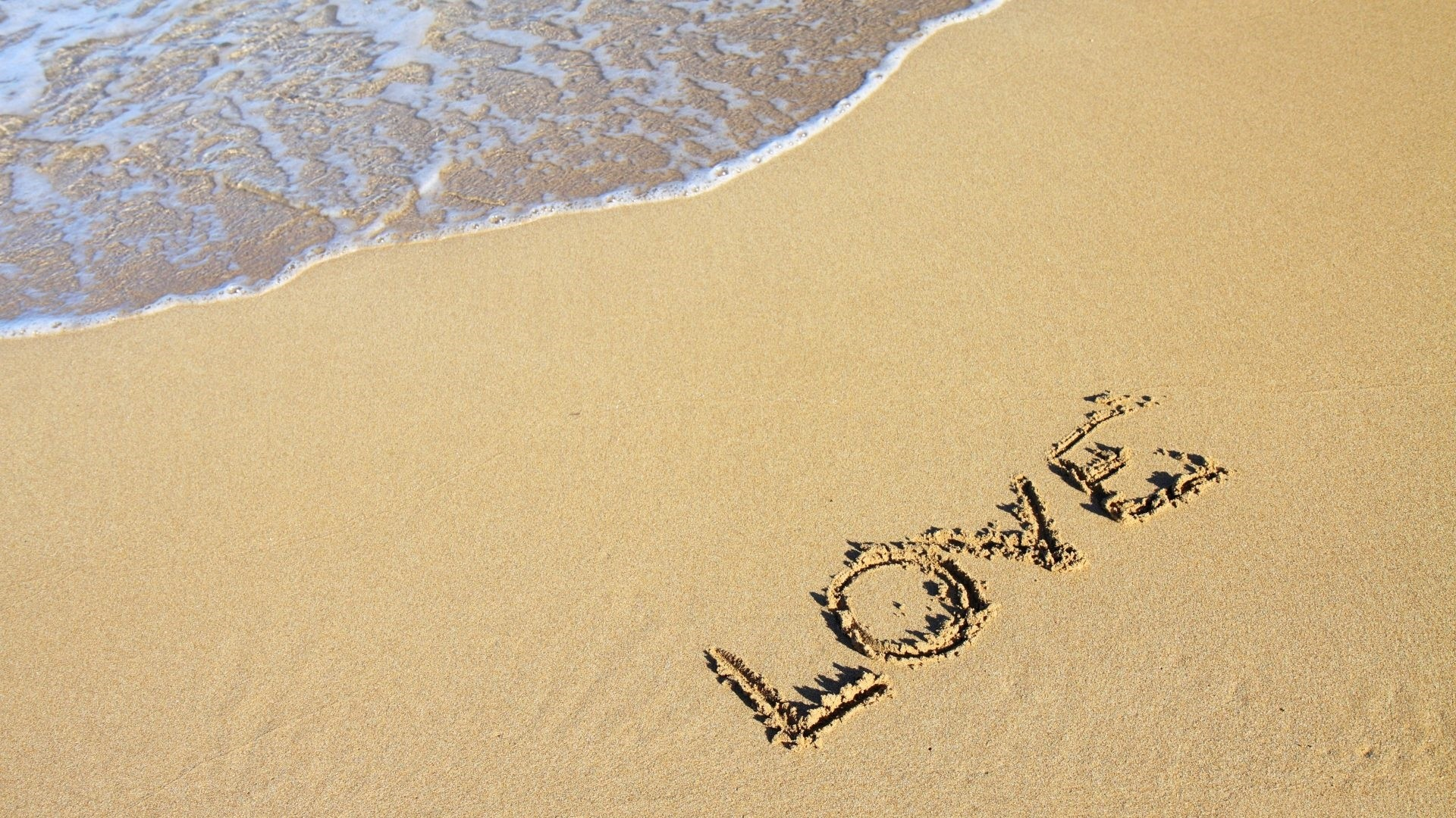 Sand Love Wallpaper theme